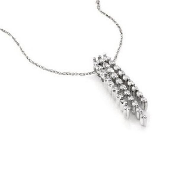 14k White Gold 0.50 ctw Diamond Pendant, (I1-I2/H-I)