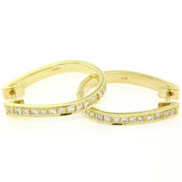 18kt Yellow Gold 0.75 ctw Diamond Oval Hoop Earrings