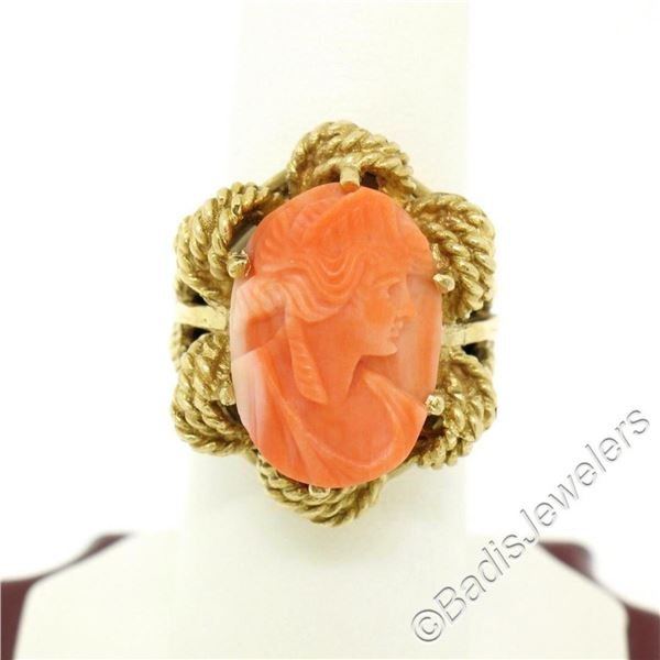 Vintage 14kt Yellow Gold Carved Coral Cameo Solitaire Ring