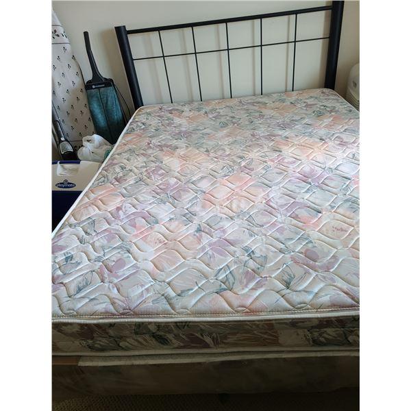 Metal Bed C