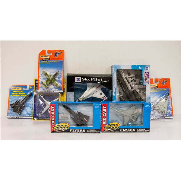 BOX FULL OF COLLECTIBLE AIRPLANES