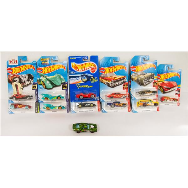 BAG LOT OF HOT WHEELS DIECAST CARS