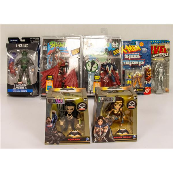 MIXED LOT OF COLLECTIBLE FIGURES