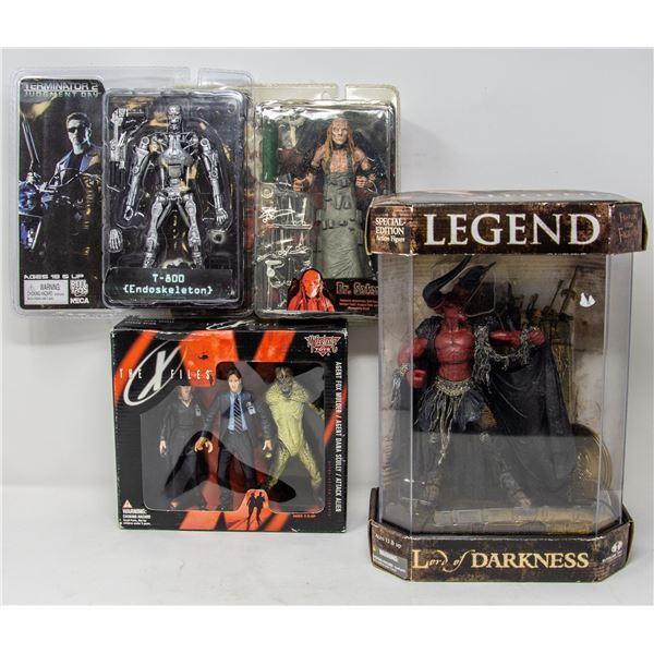 LOT OF COLLECTIBLE HORROR FIGURES