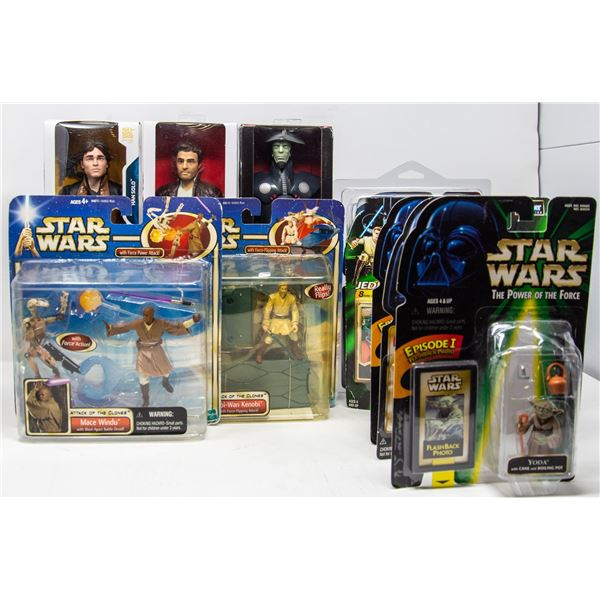 LOT OF COLLECTIBLE STAR WARS FIGURES