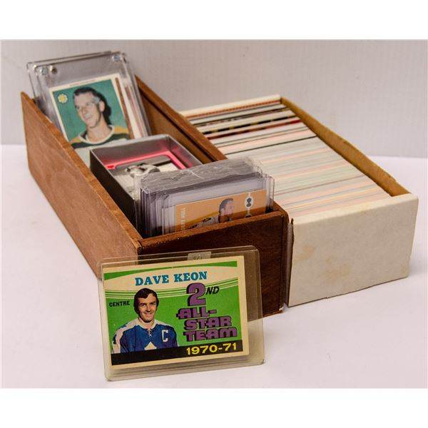 x2 BOXES OF VARIOUS COLLECTORS CARDS ETC., PUCK