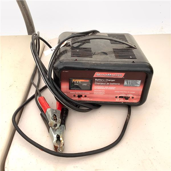 MotoMaster Battery Charger 011-1505-8, 6 + 12 Volt, 2/15/100 Amp