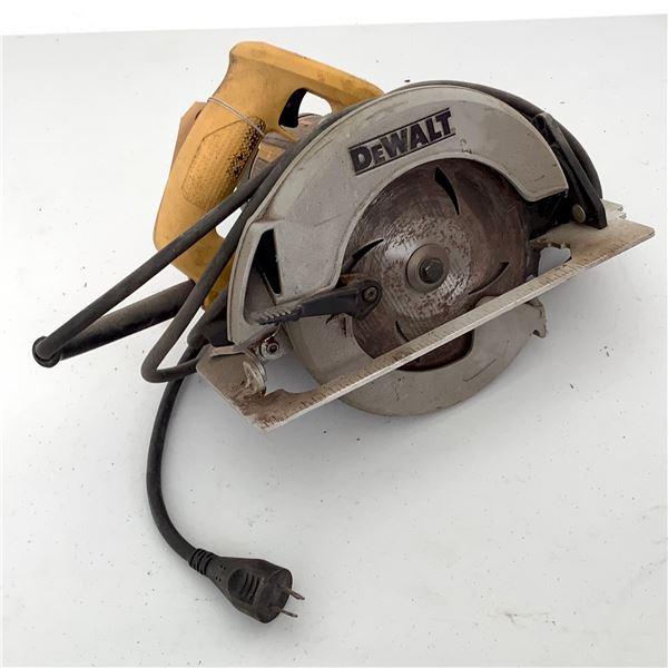 """DeWalt DW367 7 1/4"""" Circular Saw"""
