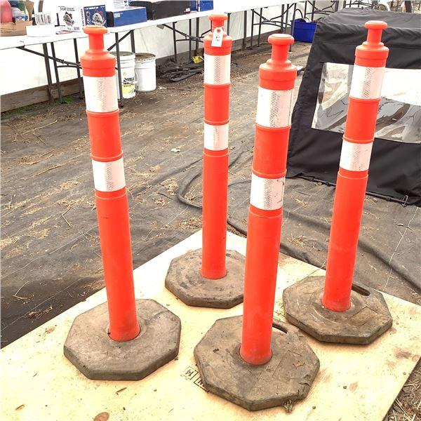 Set of 4 Safety Pylons