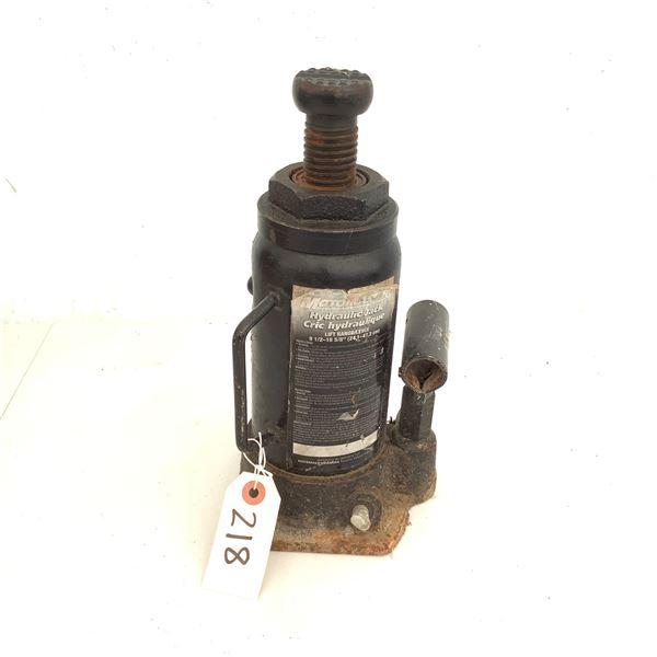 MotoMaster Hydraulic Jack