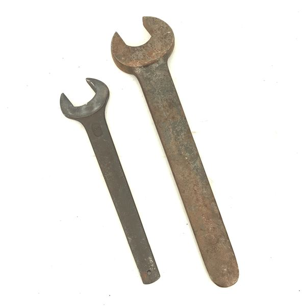 """Wrench 2 3/16"""" Wrench and 46 mm Wrench"""