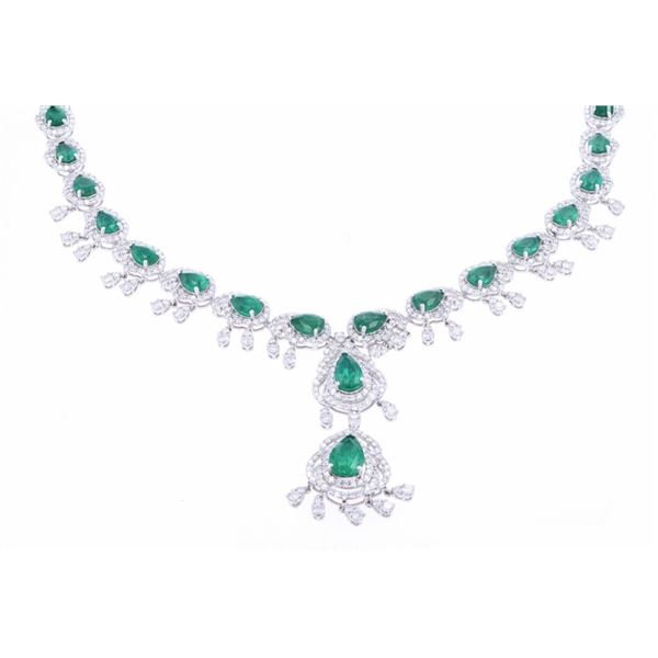 13.27cts Excellent Emerald & Diamond Necklace