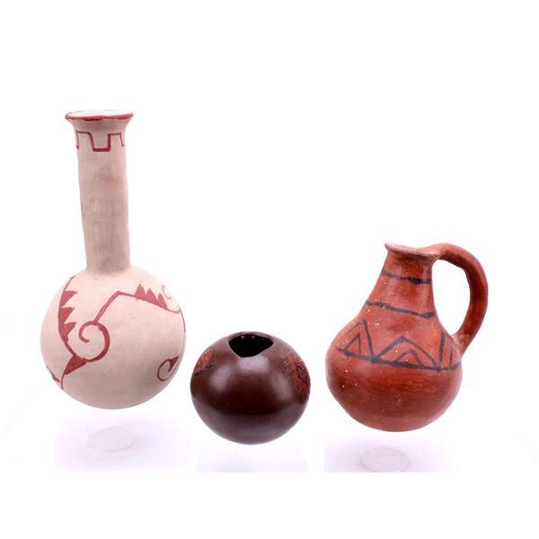 Collection of Papago, Navajo & Maricopa Pottery
