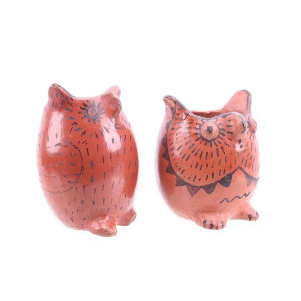 Maricopa Pueblo Indian Black on Red Owl Pots