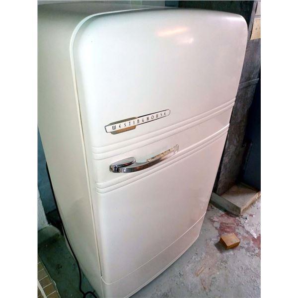 Antique Westinghouse Refrigerator (like new )