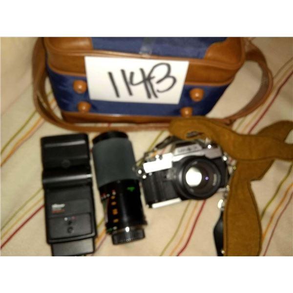 Minolta X-370 35mm SLR Film Camera, w/ Zoom Lens, Flash, Shoulder Case