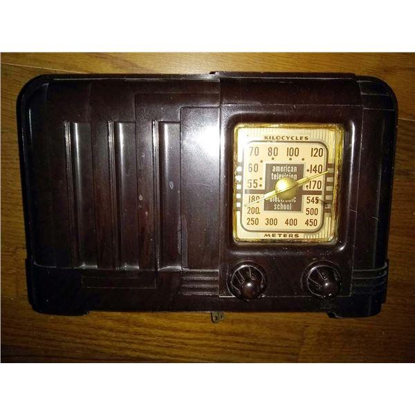 Rare Vintage Kilocycles Meters Tube Radio / AKA LOT 130
