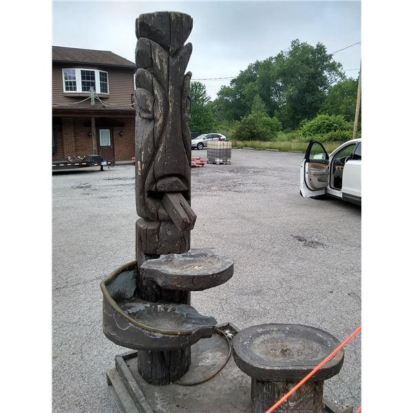 Tiki Luau Water Fountain, Approx. 8 ft x 4 ft / AKA LOT 547