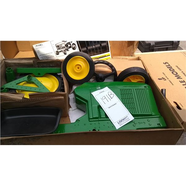 John Deere 7410 New Pedal Tractor, New in Box