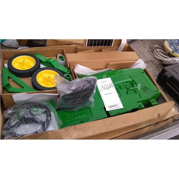 John Deere 8400 Pedal Tractor, New KD in Box