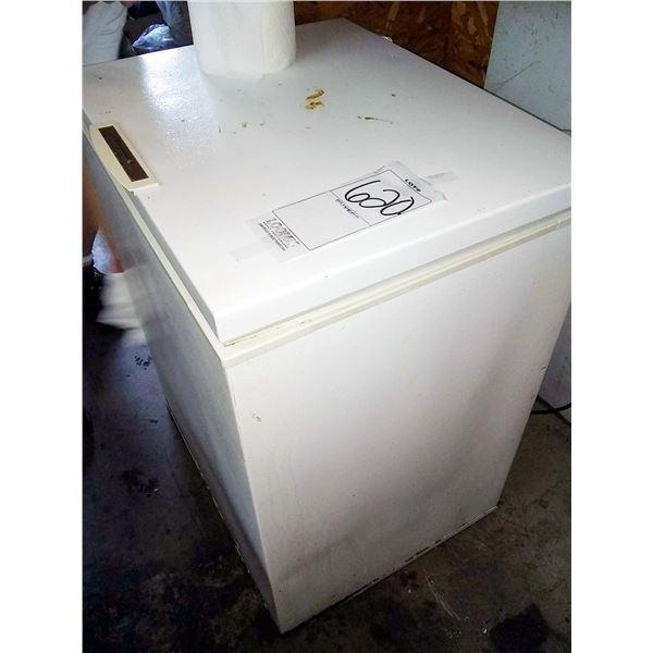 Frigidaire Commercial Freezer, Works