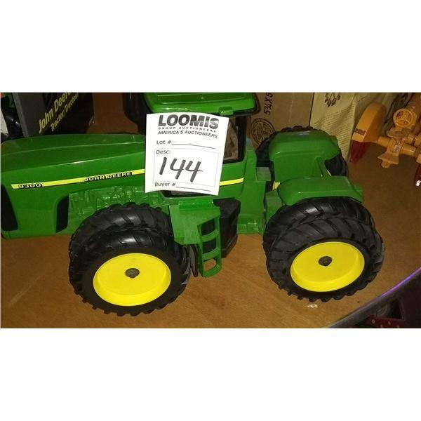 John Deere 9300 1/8 Scale Model Tractor