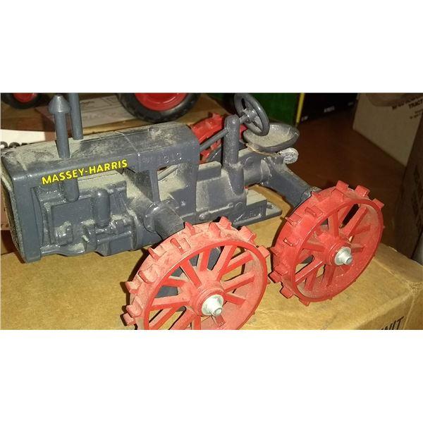 Massey Harris 1/16 Scale Model Tractor