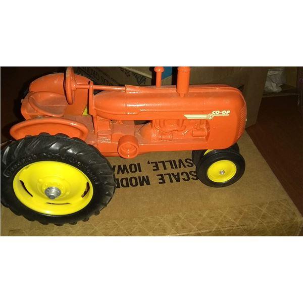 CO-OP 1/16 Scale Model Tractor