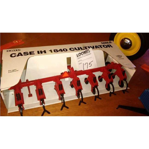 Case IH 1840 Cultivator, 1/16 Scale
