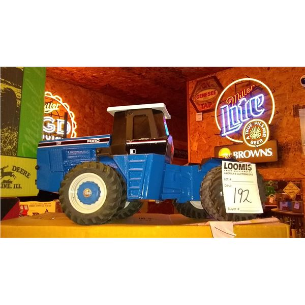 Ford 1156 1/16 Scale Model Tractor