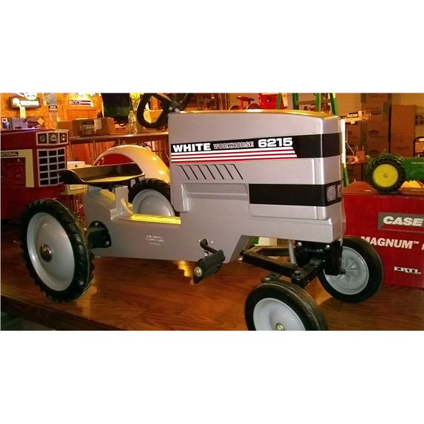 White Workhorse 6215 Pedal Tractor