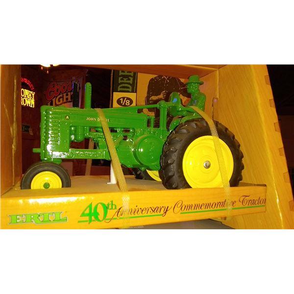 Ertl 40th Anniversary Commemorative 1/16 Scale Diecast Metal Tractor