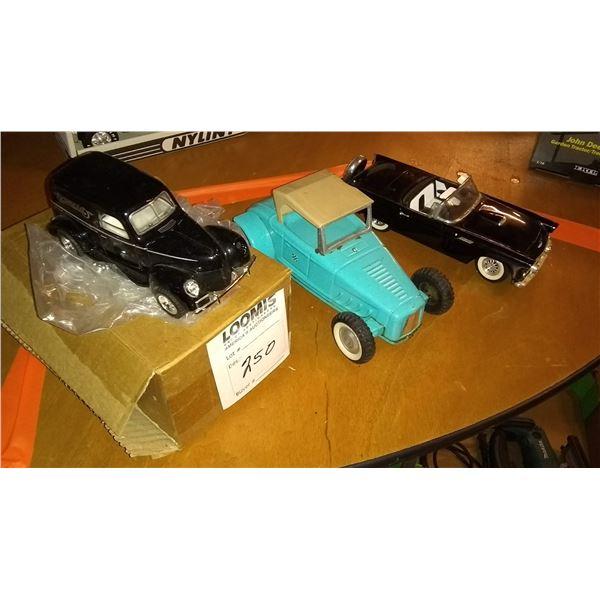 Vintage 3 PC Model Car Lot