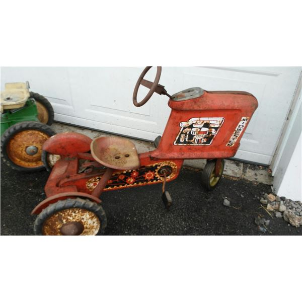 Vintage Midwester Pedal Tractor