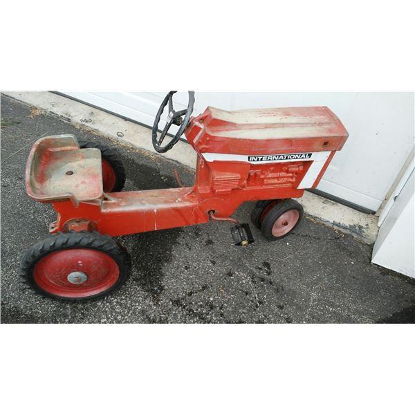 Vintage International Pedal Tractor