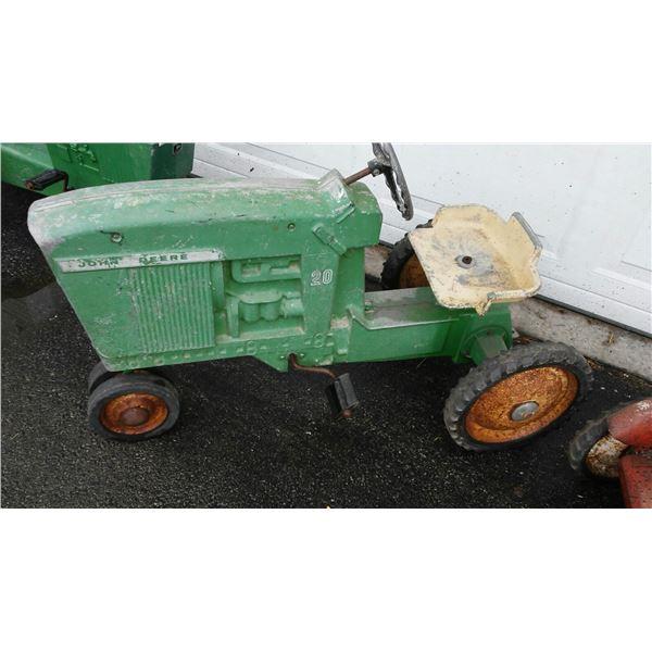 Vintage John Deere No. 20 Pedal Tractor