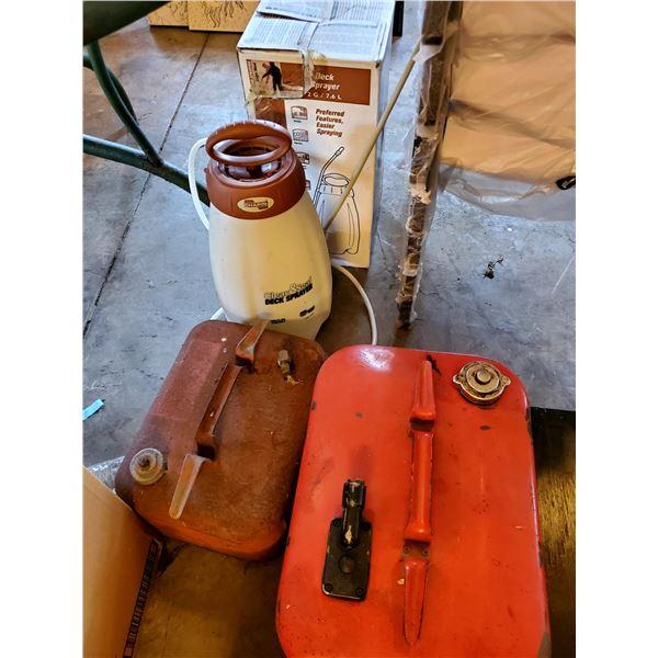 PK ATV Sprayer, Deck Sprayer, 2 Fuel Cans