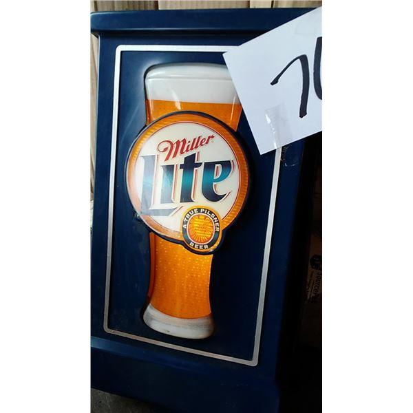 Vintage Miller Lite Beer Light Up Sign
