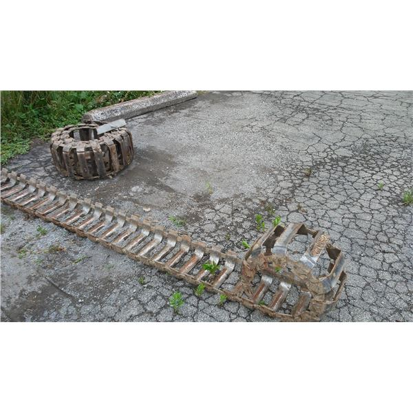 Track Attachment for Skid Loader / AKA LOT 521G
