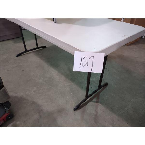 HEAVY FOLDING TABLE, DUTY HIGH-DENSITY POLYETHYLENE TOP, STEEL TUBE LEGS