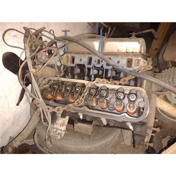 260 FORD V8 ENGINE
