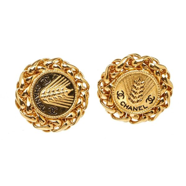 Chanel Gold Wheat CC Clip On Earrings