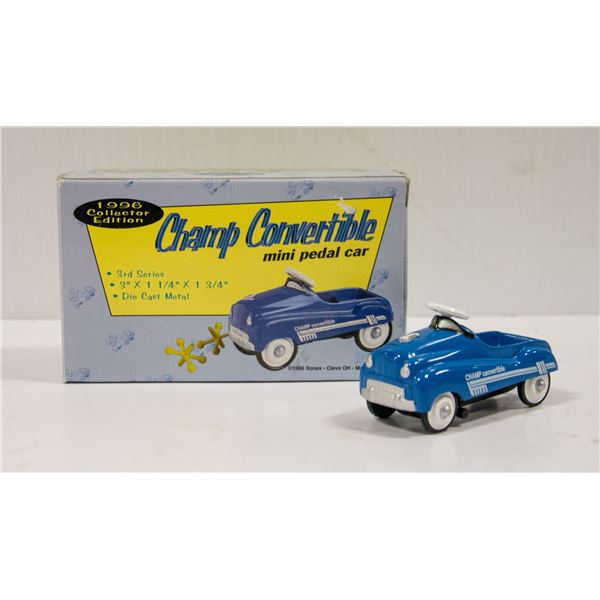 MINI CHAMP CONVERTIBLE DIECAST PEDAL CAR