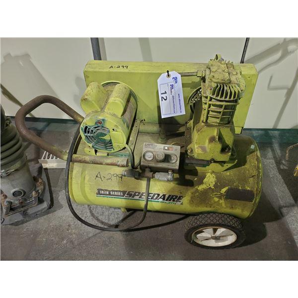 GREEN SPEEDAIRE 110V PORTABLE AIR COMPRESSOR