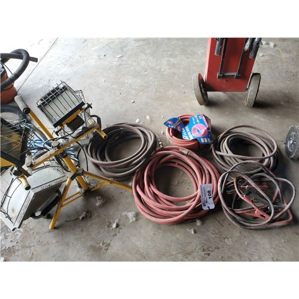 4 ASSORTED SIZED AIR LINES, JUMPER CABLES, 2 WORK LIGHTS & EXTENSION CORD
