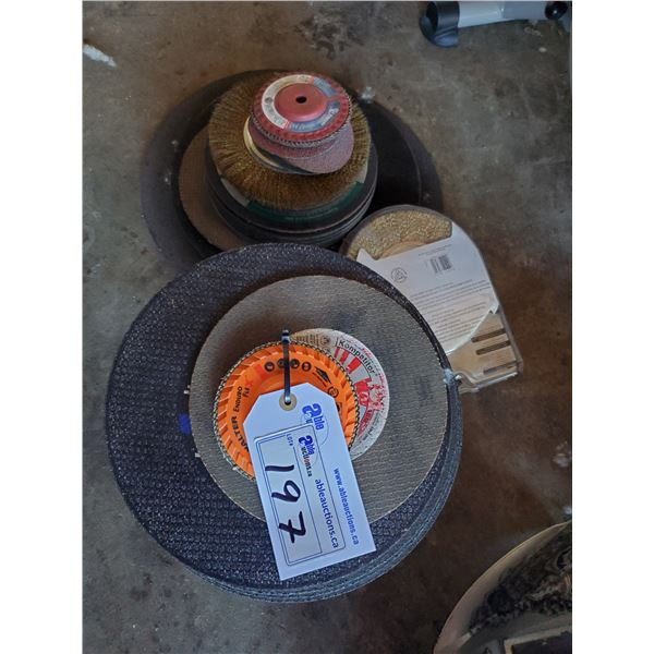 ASSORTED GRINDING DISCS, CUT OFF DISCS AND WIRE WHEEL BRUSHES