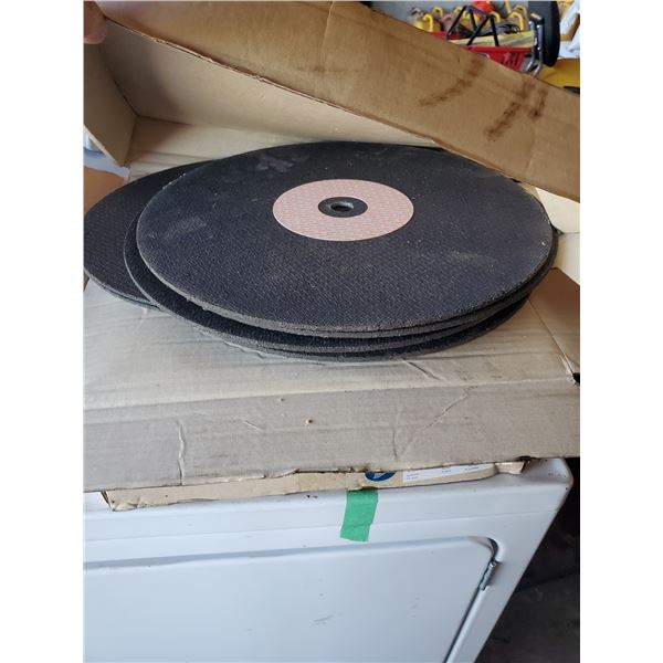 3 BOXES OF ASSORTED SIZE CUT OFF DISCS AND 4 SANDING BELTS