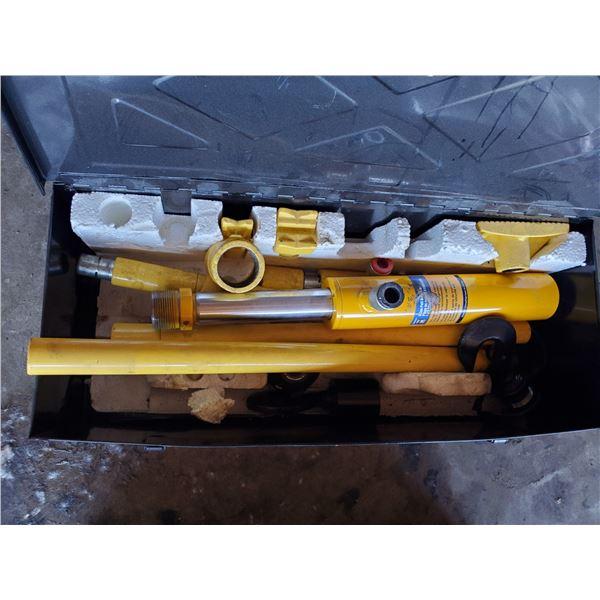 POWER FIST 5 TON PULL BACK RAM KIT WITH METAL STORAGE BOX