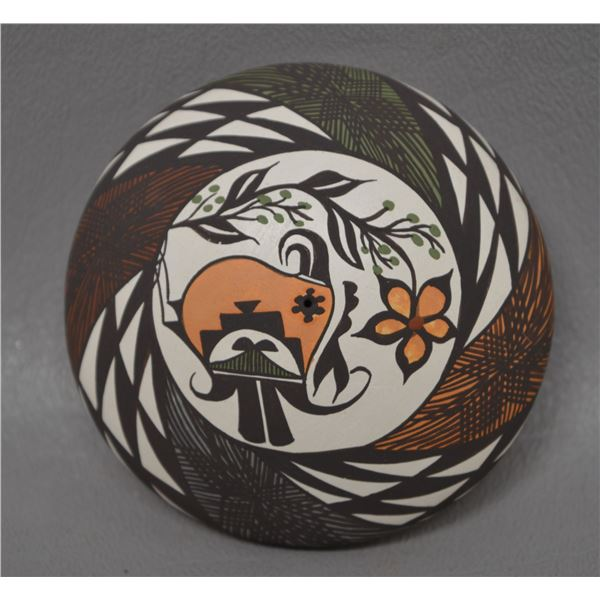 NATIVE AMERICAN ACOMA POTTERY SEED JAR BY D LEWIS GARCIA