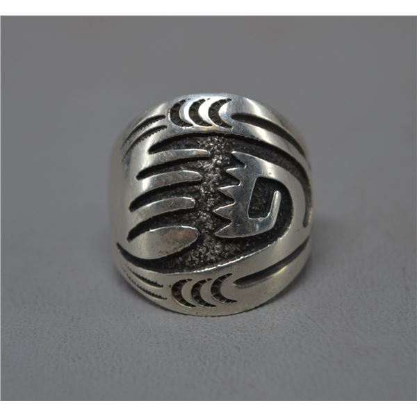 NATIVE AMERICAN NAVAJO SILVER RING SIGNED RB
